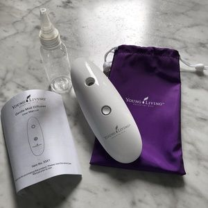 New Young Living Gentle Mist Diffuser 5341